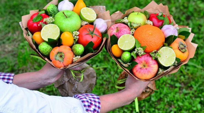 Как сделать букет из фруктов и овощей?